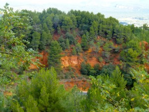 The ochre reds of Rousillon, Luberon, France