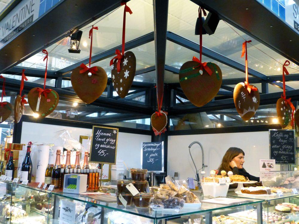 Gingerbread hearts for sale in the Glass market, Copenhagen,
