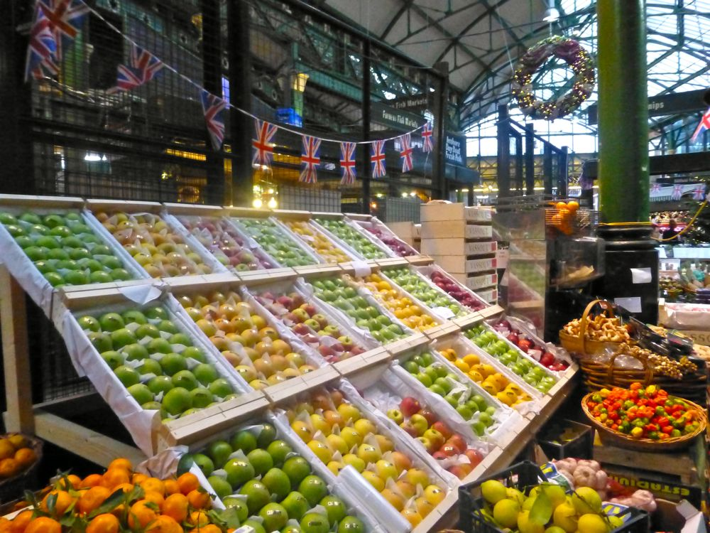 Apples & fruit at London's Borough Market, Christmas 2012