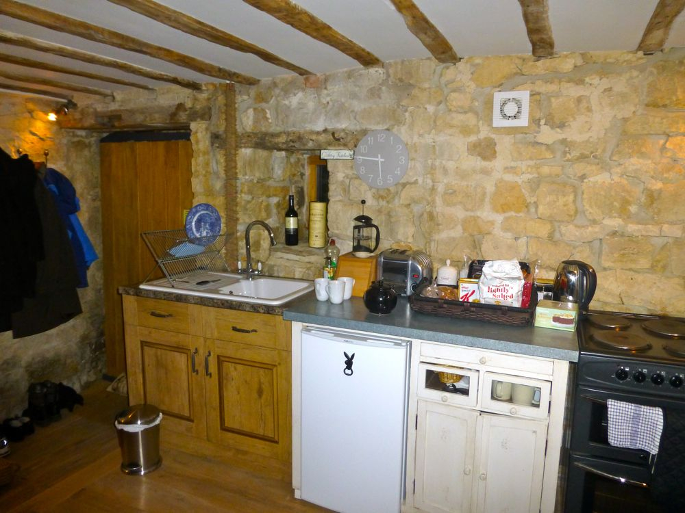 The kitchen in a Cotswolds barn, Popfoster's barn