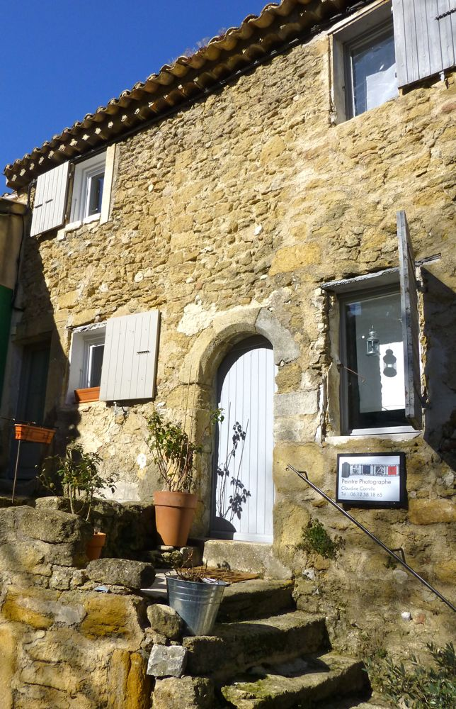 A studio in Lourmarin, The Luberon, Provence, France