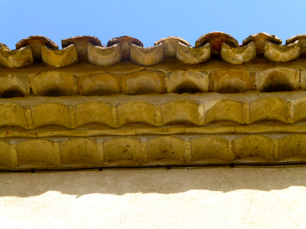 French clay tile roof, Roman (Genoise) decorative frieze under the eaves