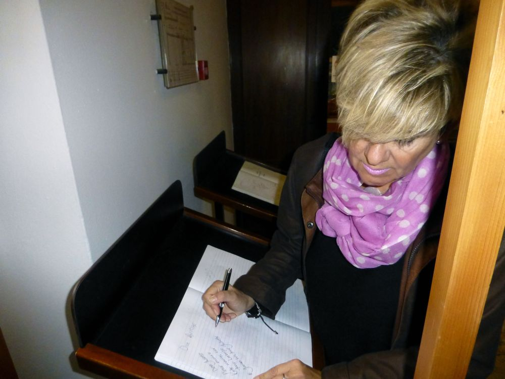 Writing to Juliet at the house of the Cappelletti's where Juliet supposedly lived