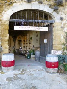 Lourmarin Activities, Lourmarin wine shop