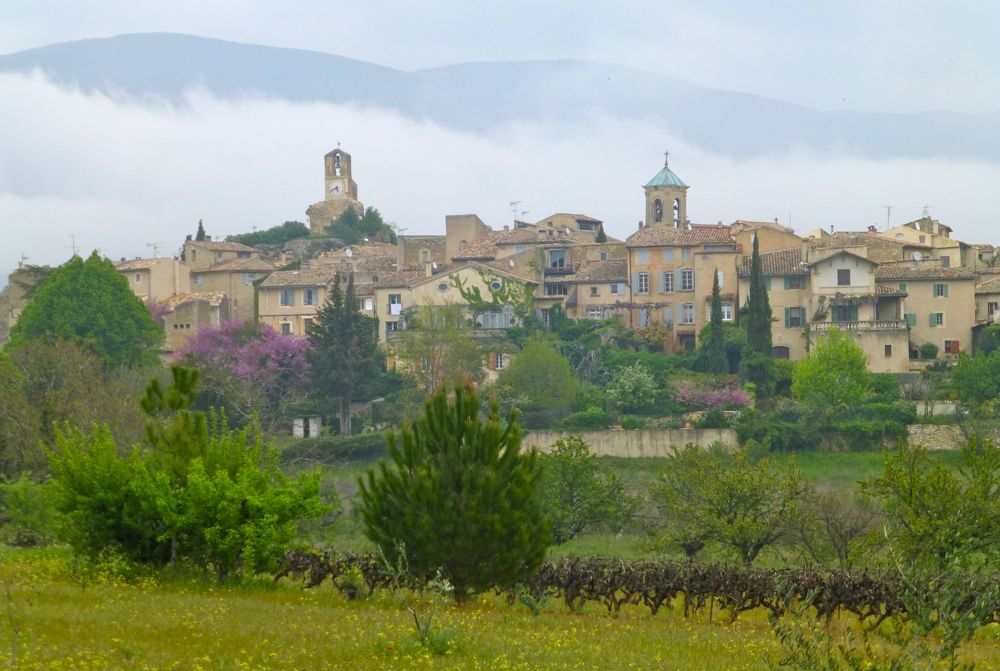 Lourmarin, Luberon, Provence after April rain