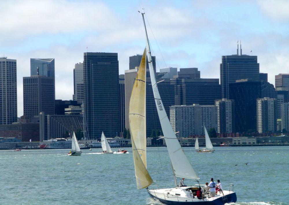 Spectators Sailing @ America's Cup 2013 San Francisco