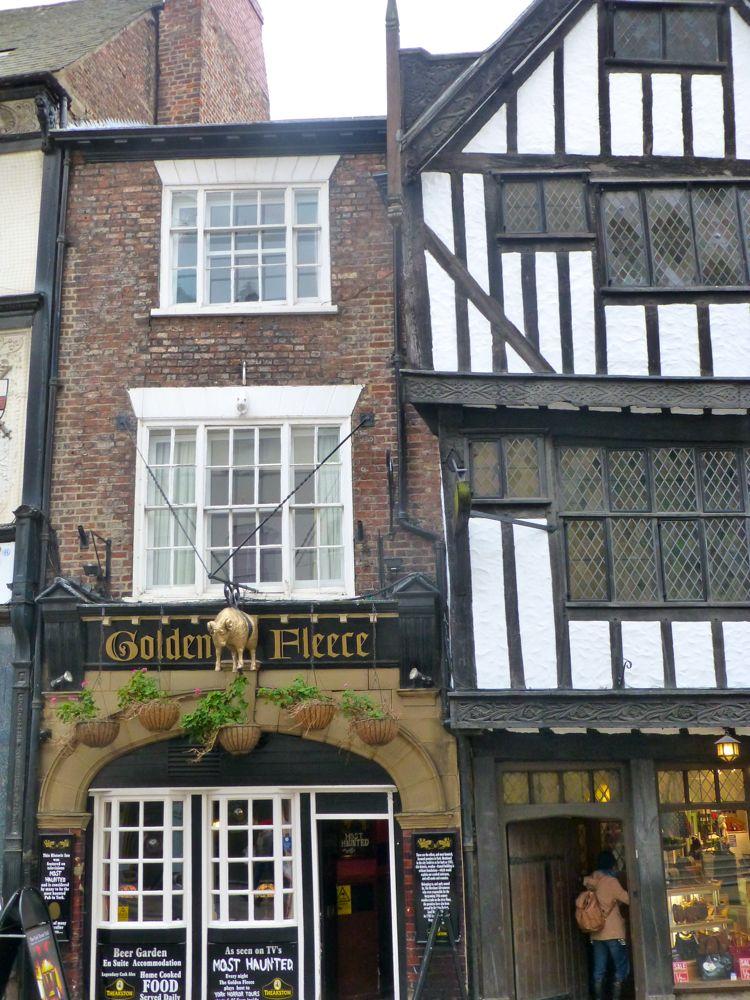 The Golden Fleece, oldest inn in York, England, 1505.