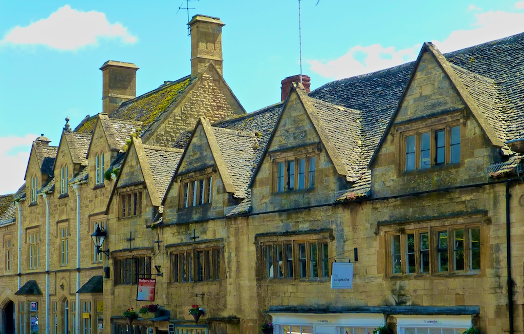 Chipping Campden High Street, in the Cotswolds, England