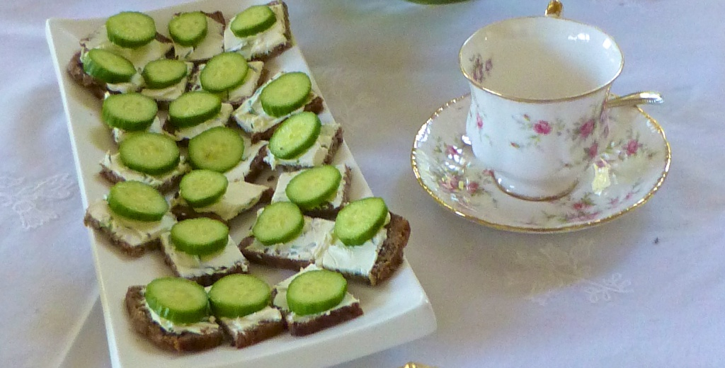 Cucumber bites for an English afternoon tea!