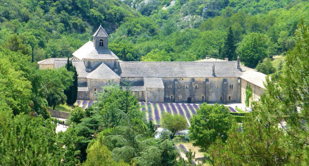 View of l'Abbaye Notre-Dame de Sénanque, Provence, France