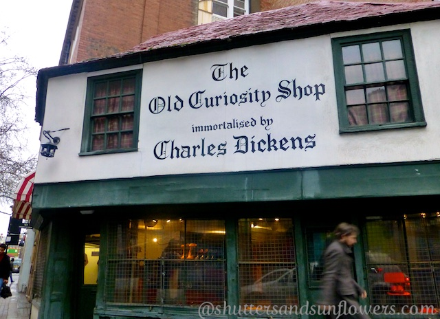 Charles Dickens guided tour of London, England