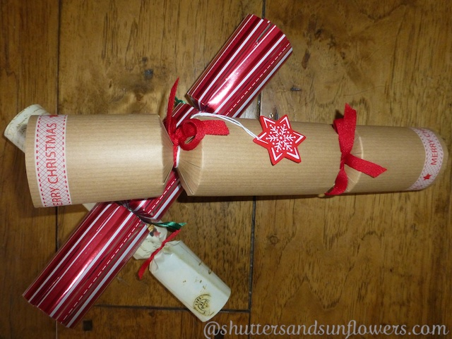 English Christmas crackers
