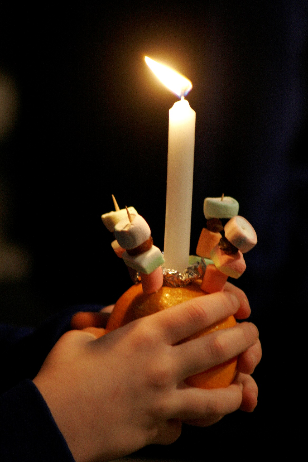 Christingle at Christmas Christingle church service