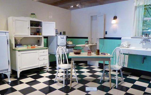 An American kitchen c1930