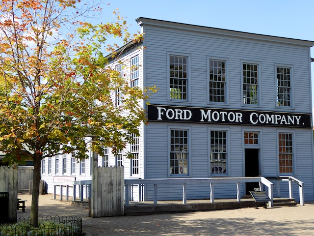 Stepping back in to the past at henry ford 39 s greenfield for Ford motors corporate office