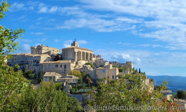 Gordes in the Luberon Valley, Vaucluse, Provence, France