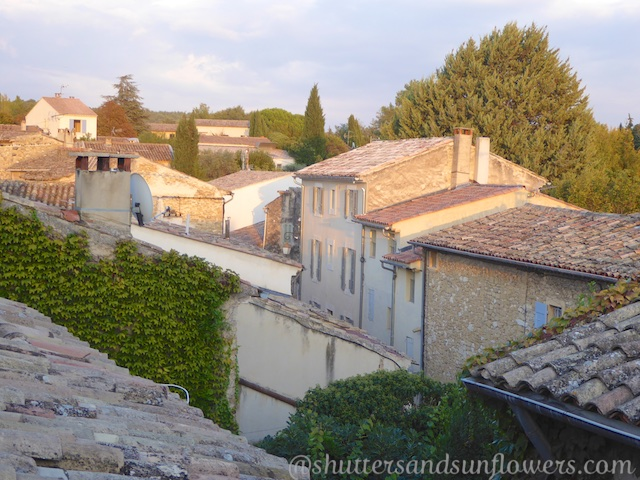 Clay tiled roof tops of Lourmarin in the Luberon Valley, Vaucluse, Provence, France