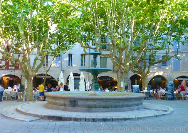 The fountain of Place-aux-Herbes, site of the Uzes market, Uzes, Languedoc Roussillon, France