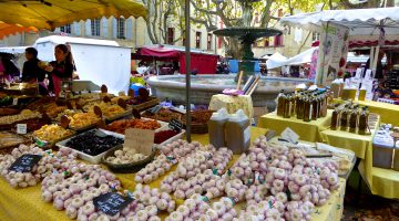 Uzes market, Saturdays and Wednesdays in Uzes, Languedoc Roussillon, France