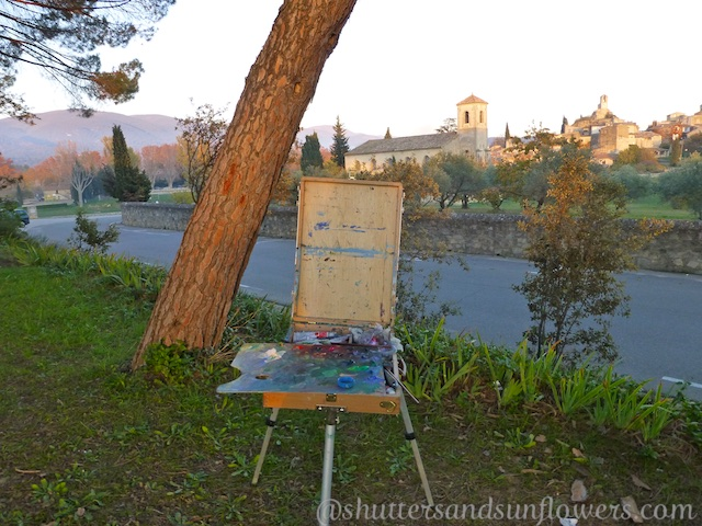 Artists by the Lourmarin Chateau, Luberon Valley, Vaucluse, Provence, France