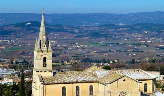 Church in Bonnieux, Luberon,Vaucluse, Provence, France