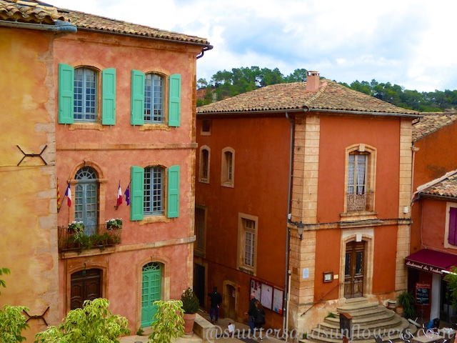 Marie in Roussillon, ochre buildings in Roussilon, Luberon perched village,Vaucluse,Provence