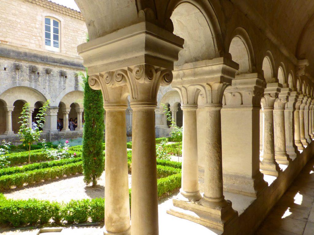 Cloisters of l'Abbaye Notre-Dame de Sénanque,