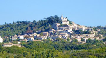 Perched villages of the Luberon, Vaucluse,Provence, France
