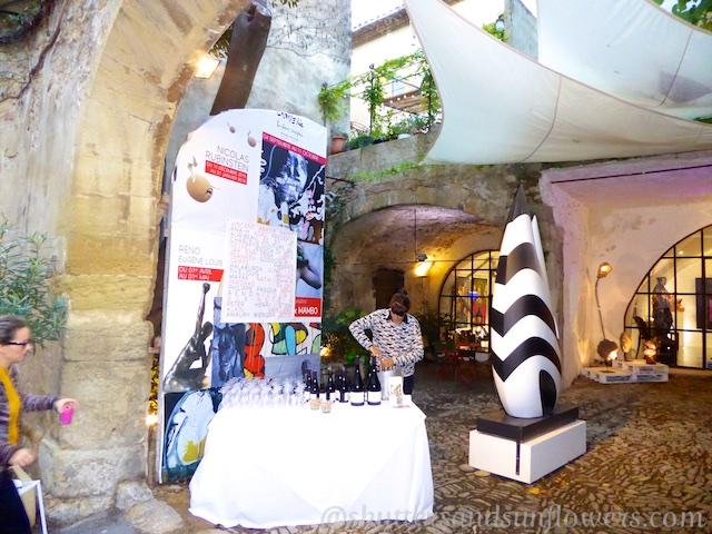 October Art Festival in Lourmarin, Luberon, Vaucluse, Provence, France