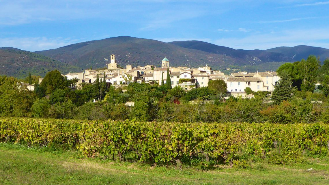 A view of Lourmarin in autumn