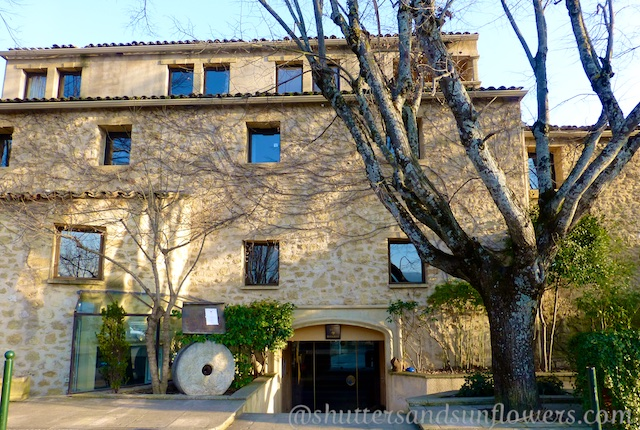 Le Moulin boutique hotel in Lourmarin, Luberon, Vaulcuse, Provence, France