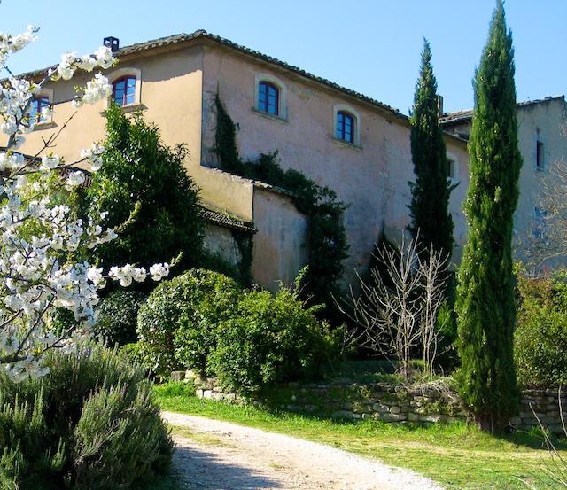 Travel PDF Guide Bonnieux, Les Trois Sources, Luberon, Provence