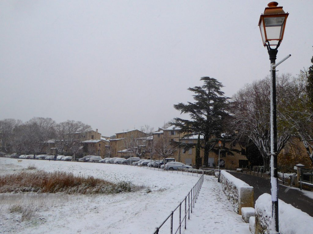 Snowing in Lourmarin, Luberon, Vaucluse, Provence, France