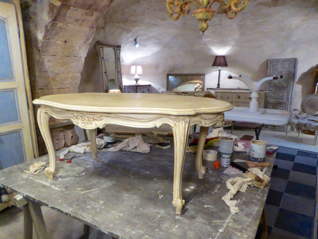 Atelier de Couleurs furniture painting workshop, Luberon, Vaucluse, Provence, France