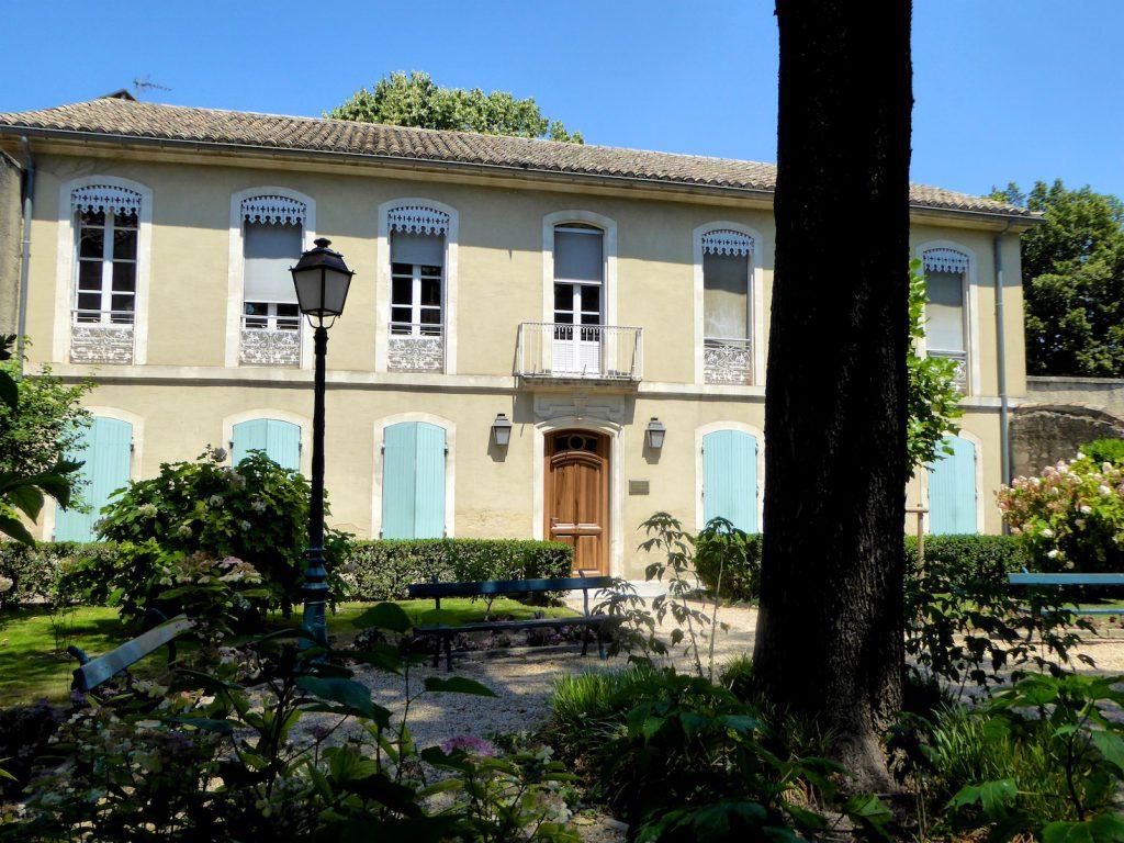 Property in Saint-Rémy-de-Provence, Bouches-du-Rhône, Provence, France