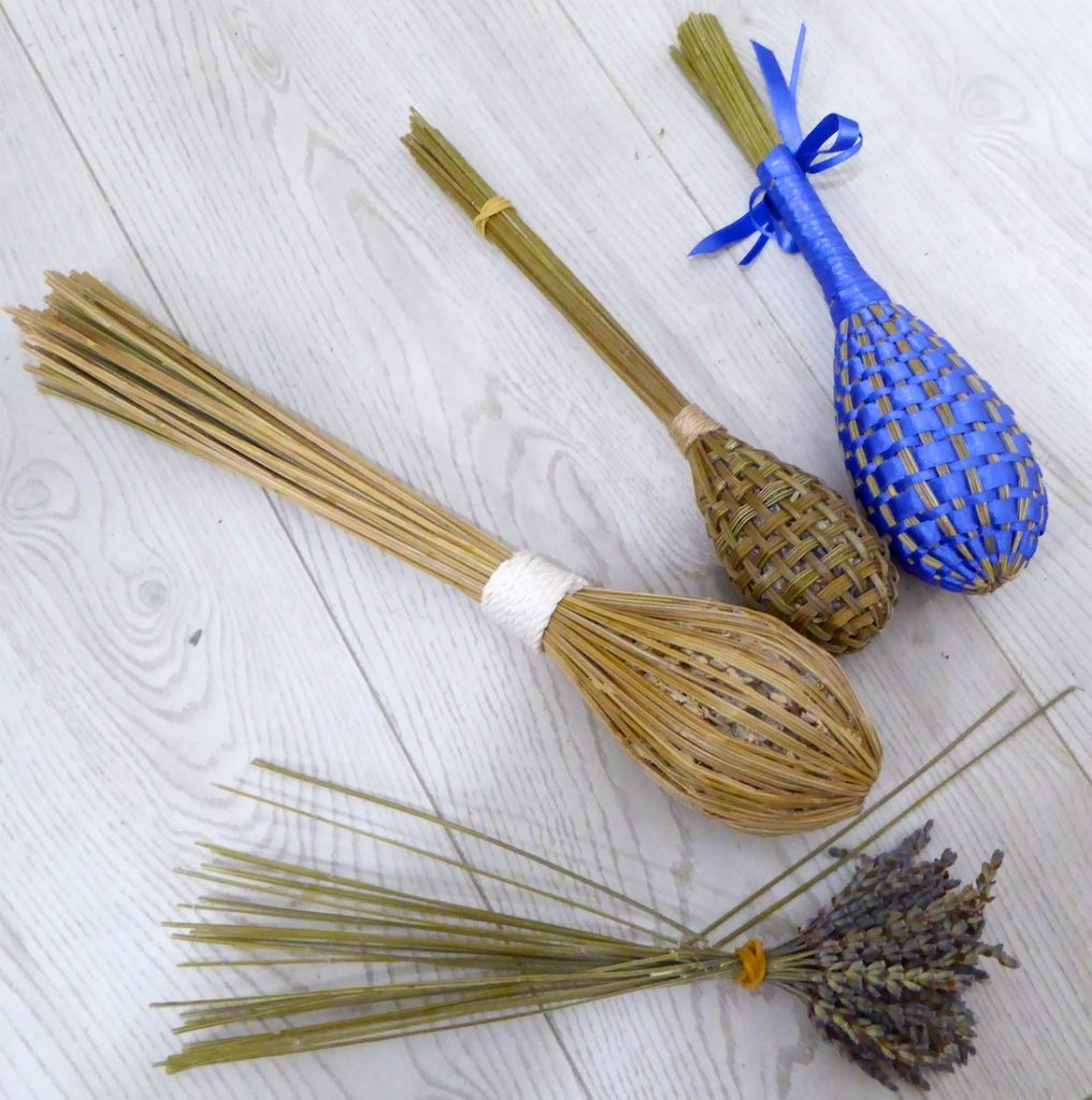 Lavender wands from La Maison FRANC, Lourmarin, stages of construction