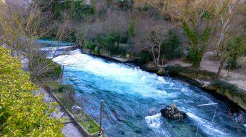 The River Sorgue, Fontaine de Vaucluse, Luberon, Provence
