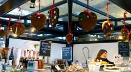 Gingerbreads in Copenhagen's glass market