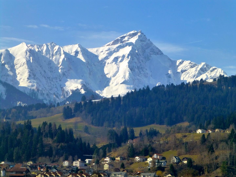 Lake Como from Liechenstein through the Swiss Alps ...