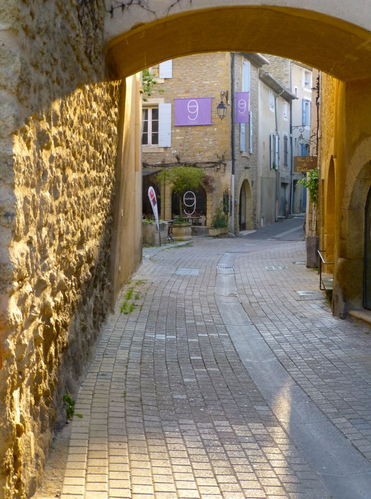 Lourmarin archway, early morning, The Luberon Valley, Provence, France