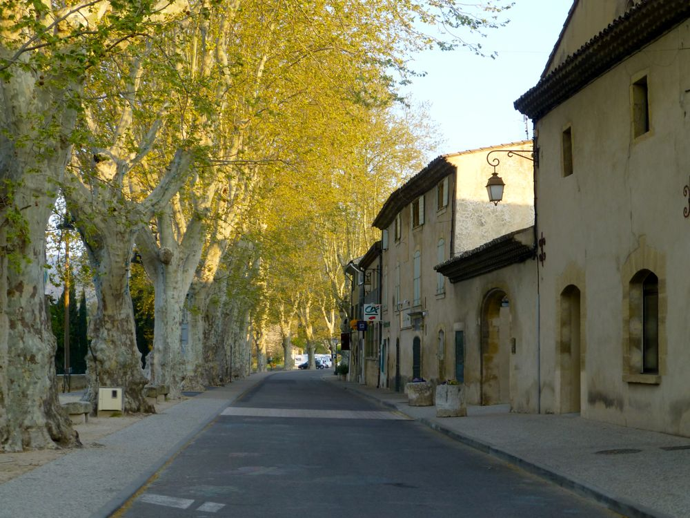 Street into Lourmarin, Luberon, Provence, France in the early morning