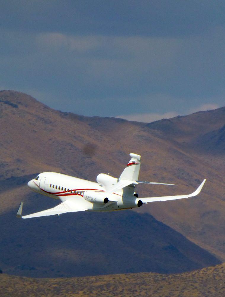 Falcon 900 DX at Reno Air Race