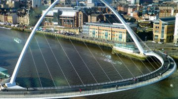 Newcastle's Millennium Bridge, Newcastle upon Tyne, Englamd
