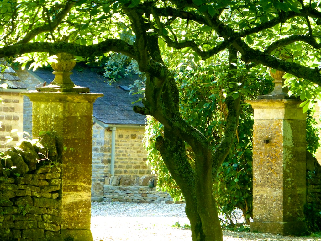 English Cotswold stone gate way to property in Kingham