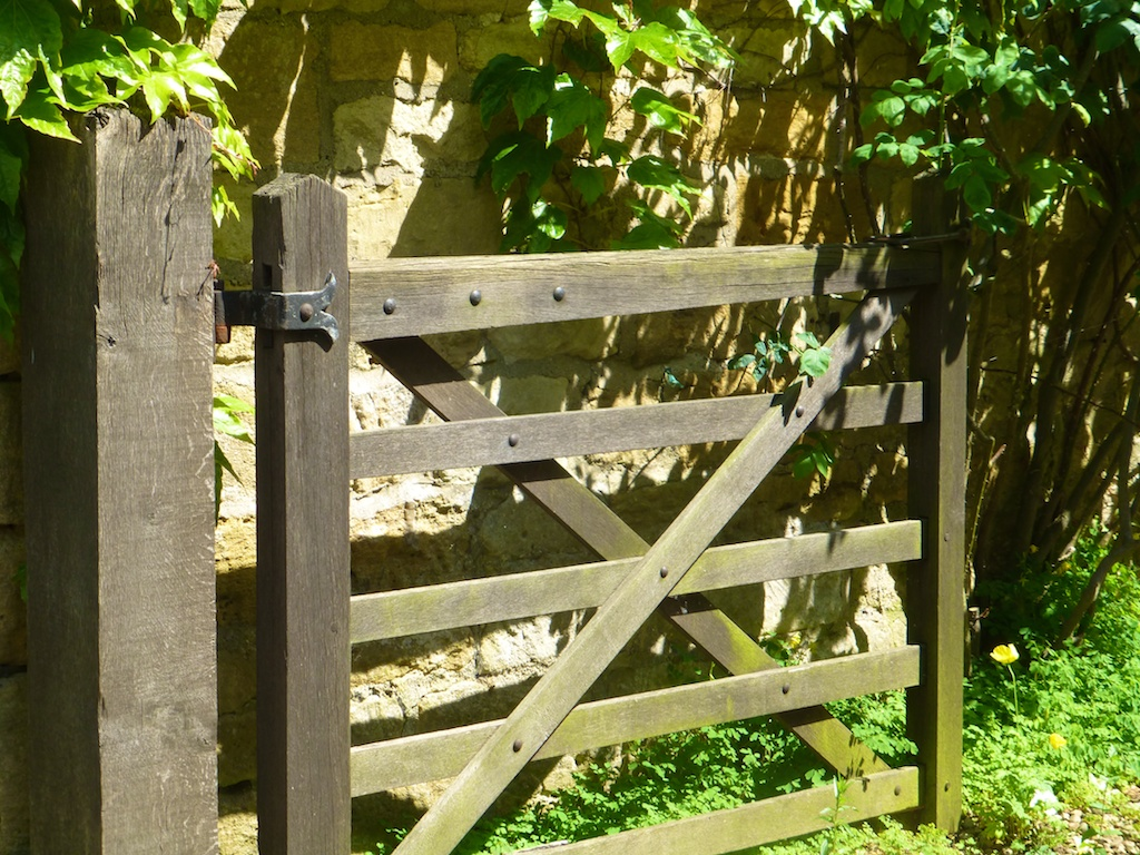 English gate in Broadway in the Cotswolds