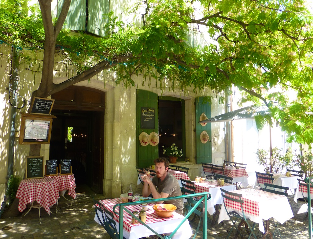Enjoying lunch in Aigues-Mortes, Camargue, France
