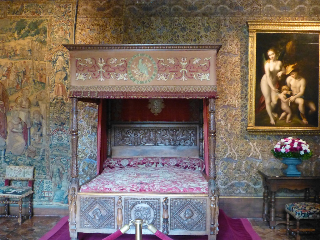 Grand bedroom at Chateau de Chenonceau