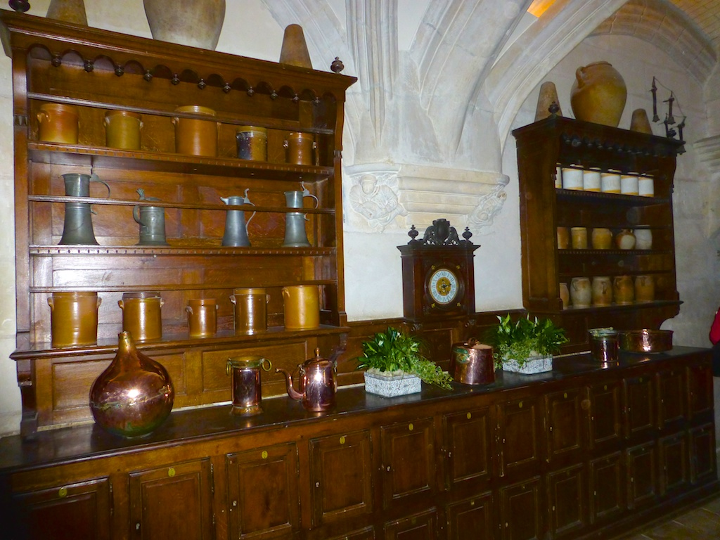 Serving dresser at Chateau de Chenonceau , Loire Valley, France