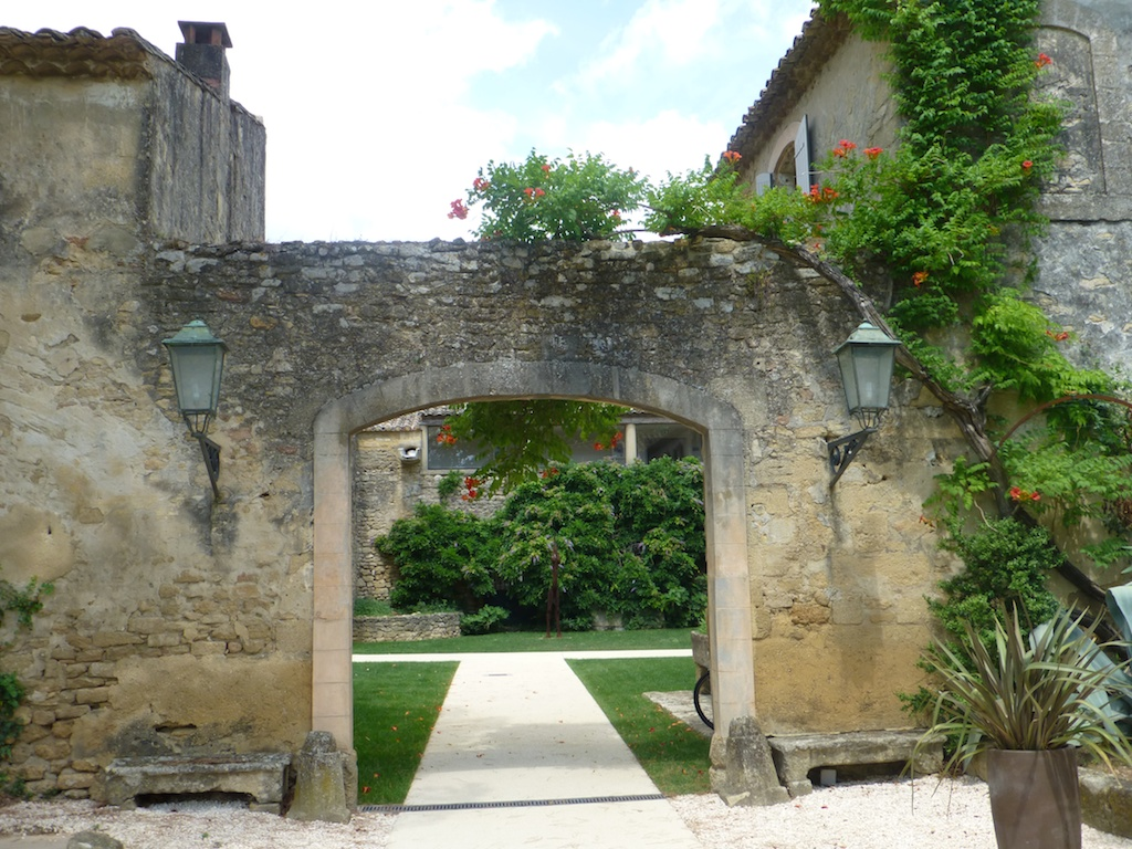 Entrance at la-Begude-Saint-Pierre hotel, Uzes