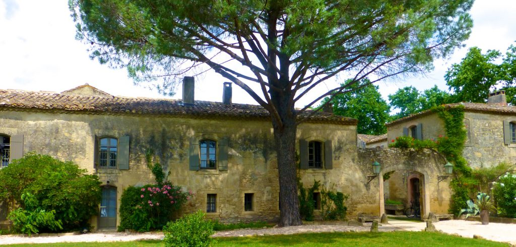 La Bégude Saint-Pierre, where to stay near Uzes, Languedoc Roussillon, France